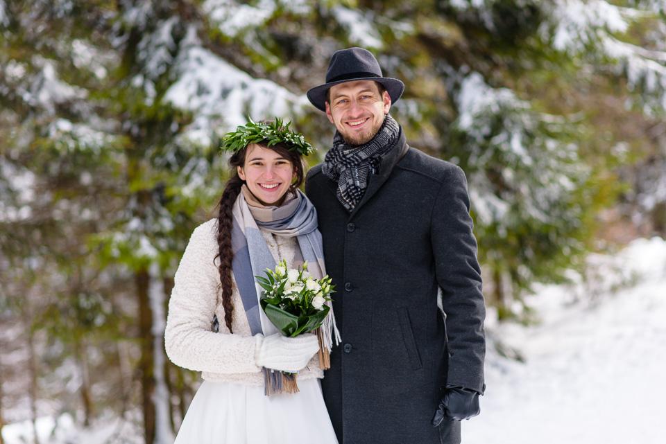 zimowa-sesja-slubna-w-gorach-30